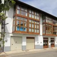 Hotel Apartamentos Irati Olaldea en abaurrepea-abaurrea-baja