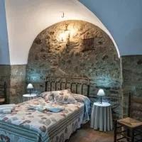 Hotel Apartamentos Rurales La Casa de Luis en abertura