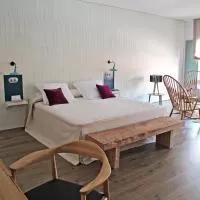 Hotel Hotel Ayllon en aldealengua-de-santa-maria