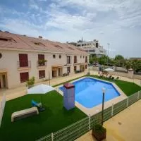 Hotel Gran adosado con piscina junto al campo de golf en alguazas