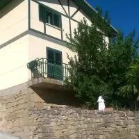 Hotel Larrain Etxea en banos-de-ebro-manueta