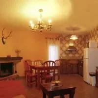 Hotel Apartamento La Terraza en belmonte-de-gracian