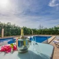 Hotel Buger Villa Sleeps 4 Pool en buger