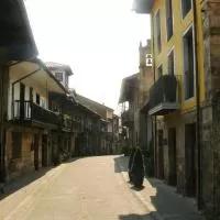 Hotel Apartamentos Rurales La Villa de Piedra en cartes