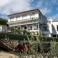 Hotel Pensión El Pirineo en castell-de-castells