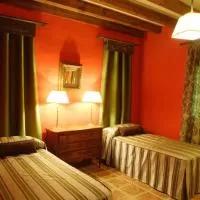 Hotel La Tenada de Sotos en castillejo-de-mesleon