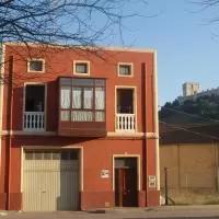 Hotel Alojamiento Rural Pueblo de la Ribera en castrillo-de-duero