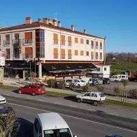 Hotel Casas Novas Hostelería en cerdedo