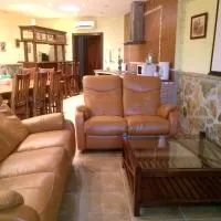 Hotel Villa Camino de la Navaluenga en cervera-de-los-montes