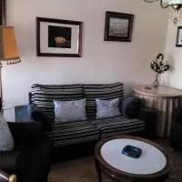 Hotel Piso equipado y acogedor en cervillego-de-la-cruz