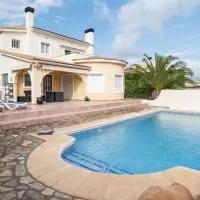 Hotel Lovely Villa with Private Swimming Pool in Valencia en gata-de-gorgos