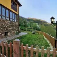 Hotel Casa Corral - Casas de Aldea en grandas-de-salime