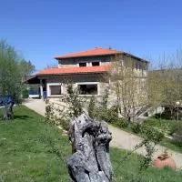 Hotel Camping Al-Bereka en herguijuela-de-la-sierra