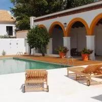 Hotel Cortijo de Vega Grande en higuera-de-llerena