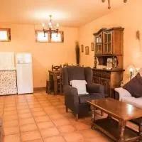 Hotel Casas de Isabel - Casa Candelas y Casa Eusebio en hoyos-de-miguel-munoz