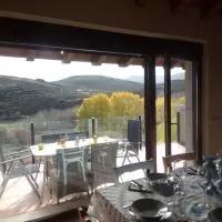 Hotel PENDAN DE GREDOS en hoyos-de-miguel-munoz