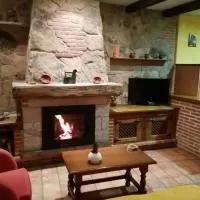 Hotel El Cerrillo 1 en hoyos-de-miguel-munoz