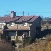 Hotel La Puente 9 de Gredos en hoyos-del-collado