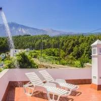 Hotel Holiday Home El Teide en icod-de-los-vinos