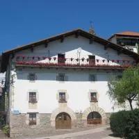 Hotel Hostal Ezkurra en ituren