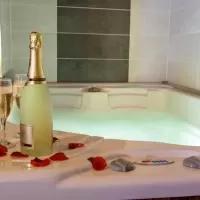 Hotel Tantra Love en junciana