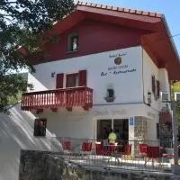 Hotel Hostal Rural Arrobi Borda en lantz