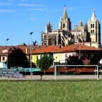 Hotel Parques de la Catedral en las-regueras