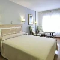 Hotel Hotel Apartamentos Aralso en lastras-del-pozo