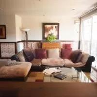Hotel Lolain House en longuida-longida