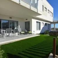 Hotel Modern Holiday Home with Swimming Pool in Orihuela en los-montesinos