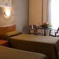 Hotel Hotel María De Molina en malva