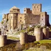 Hotel Apartamentos Turísticos Mallos de Huesca en marracos