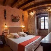 Hotel Hotel Rural La Enhorcadora en megeces
