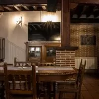 Hotel Casa Rural Paco en narrillos-del-rebollar