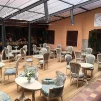 Hotel Antika Snoga en navaquesera