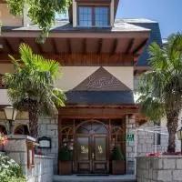 Hotel Hotel Las Gacelas en navas-de-riofrio
