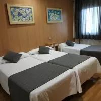 Hotel Hostal Izaga en noain-elortzibar