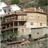 Hotel Apartamento Rural Los Adobes II en pedro-bernardo