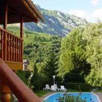 Hotel Hotel Picos de Europa en penamellera-alta
