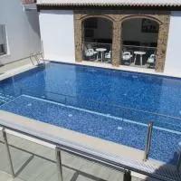 Hotel Apartamentos Trinidad en puebla-de-la-reina