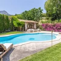 Hotel Mallorca Beautiful Villa with pool in Puigpunyent en puigpunyent