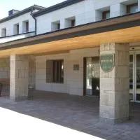 Hotel Parador de Puebla de Sanabria en robleda-cervantes