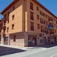 Hotel Apartamentos La Trufa Negra en rubielos-de-mora