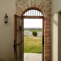 Hotel Casas Olmo y Fresno, jardín y piscina a 15 minutos de Salamanca en san-pelayo-de-guarena