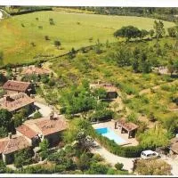 Hotel Modern Farmhouse in La Acena de la Borrega with Pool en san-vicente-de-alcantara