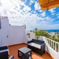 Hotel Perfect Location in Las Americas - 100 meters to the Beach en santa-cruz-de-la-palma