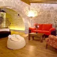 Hotel Apartment Calle Cercas de Santiago en santa-eufemia-del-arroyo
