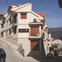 Hotel Edificio Reyes en santa-maria-del-cubillo
