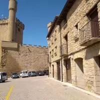 Hotel Apartamento Castillo de Olite en santacara
