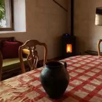 Hotel Casas Rurales Gredos La Higuera Y El Nogal en santiago-del-collado